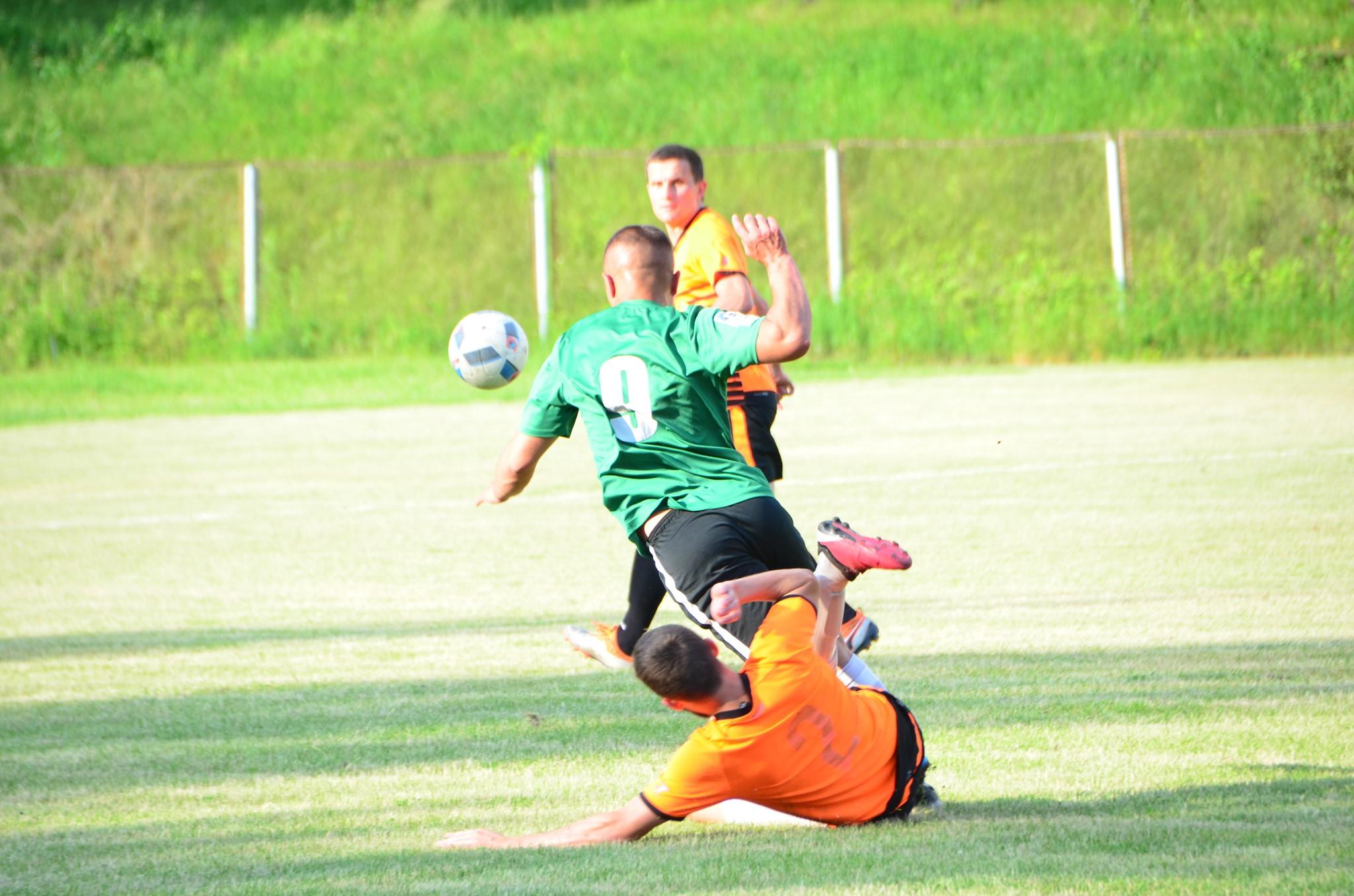 Розклад матчів третього туру Чемпіонату міста з футболу
